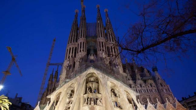 Temple de la Sagrada Familia – A place of religion, stunning architecture and a fascinating history